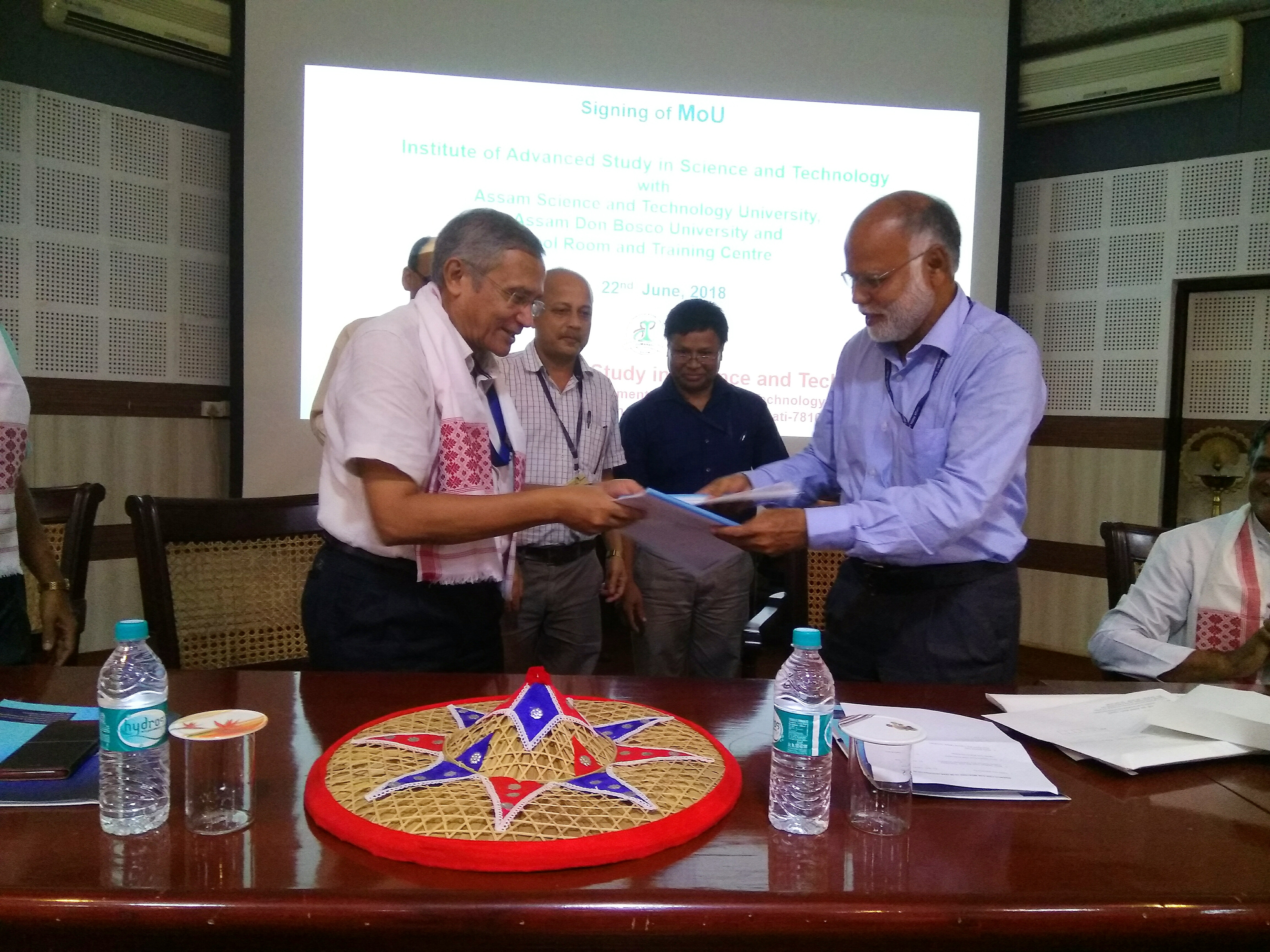 ASTU Signs MoU with IASST, Guwahati on June 22, 2018